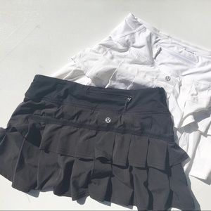 Lululemon Pace setter lot 4 skirt black white euc